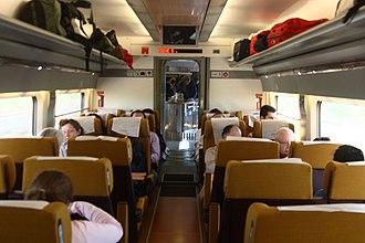 AVE Class 100 - Image: 100 Renfe AVE Clase Turista Matthew Black