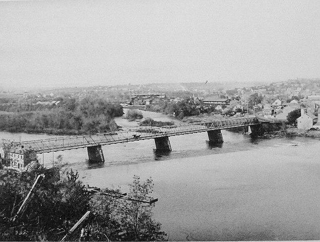 https://upload.wikimedia.org/wikipedia/commons/thumb/e/ef/1891_-_Birdseye_From_East_Allentown_-_Allentown_PA.jpg/635px-1891_-_Birdseye_From_East_Allentown_-_Allentown_PA.jpg