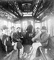 1897 Buenos Aires interior de un tranvía (tranway) eléctrico.jpg