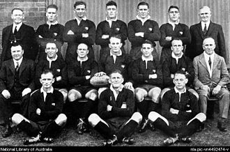 Harry Sunderland - Australian Test side v England 6 Jun 1932, Sunderland (mgr) seated far left