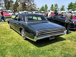 1967 Green Ford Thunderbird Fordor rear.jpg
