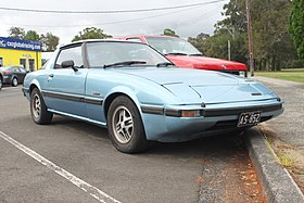 1981 Mazda RX-7 (FB Series 2) coupe (15979998413).jpg