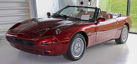 Jaguar XK (X100) - Wikiwand