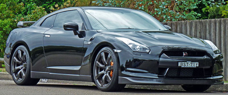 File:2009-2010 Nissan GT-R (R35) coupe 01.jpg