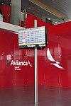 2018 Aeropuerto El Dorado de Bogotá - Avianca sala VIP - Monitor salidas y llegadas.jpg