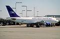 319ba - Aerolineas Argentinas Airbus A310-325; LV-AIV@EZE;22.09.2004 (4709738608).jpg