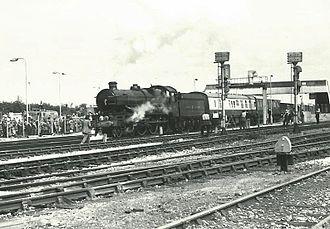 Bristol Parkway railway station - Steam locomotive ''Pendennis Castle'' at Bristol Parkway in 1977.