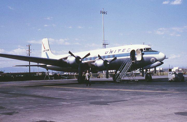 유나이티드항공 소속 629편 항공기(DC-6)
