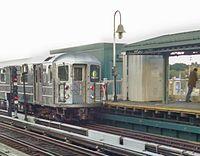 6 train at Westchester Sq.jpg