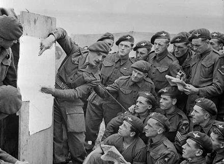 Men of the British 22nd Independent Parachute Company, 6th Airborne Division being briefed for the invasion, 4-5 June 1944 6thAirdivnormandybriefing.jpg