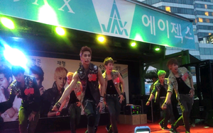 A-Jax (band) - 20120709 Daejeon Wing Car event