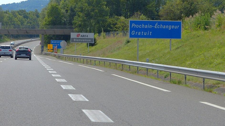 A410 panneau prochain échangeur gratuit.jpg