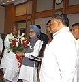 A delegation from Karnataka Pradesh Congress Committee led by the President, KPCC, Shri Mallikarjun Kharge meeting with the Prime Minister, Dr. Manmohan Singh, in New Delhi on July 06, 2008.jpg