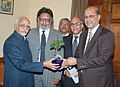 A delegation led by the President of PHD Chamber of Commerce and Industry, Shri Gopal Jiwarajka calling on and presenting a sapling to the Vice President, Shri M. Hamid Ansari, in New Delhi on December 19, 2016.jpg