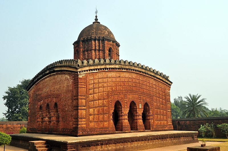 Ficheiro:A temple in India, Madana-Mohana Temple, Bishnupur.jpg