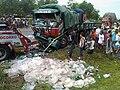 Acidente com caminhão da Dolli em São Mateus.jpg