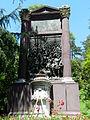 Acqui Terme-monumento ai caduti2.jpg