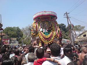 Pradosha - Image: Adikumbeswarar Masimagam
