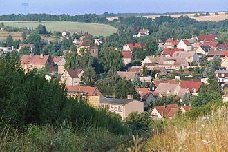 Ahlsdorf - Image: Ahlsdorf, view to the village
