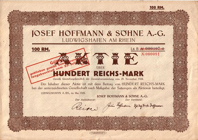 http://upload.wikimedia.org/wikipedia/commons/thumb/e/ef/Aktie_Hoffmann_und_S%C3%B6hne.jpg/640px-Aktie_Hoffmann_und_S%C3%B6hne.jpg