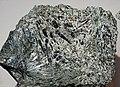 Aktinolith im Talk, Bleidächer, Obersulzbachtal, Mineralienladen Kurt Nowak, Wald im Pinzgau.jpg