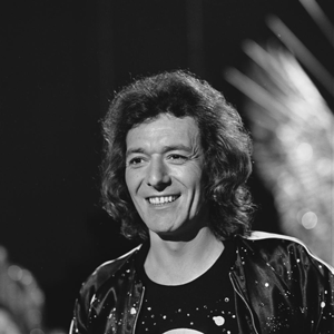 Allan Clarke (singer) - Image: Allan Clarke Top Pop 1974 4