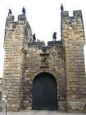 Alnwick Castle alfronta dor.JPG
