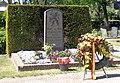 Amerongen Monument op de Nieuwe Algemene Begraafplaats met krans.jpg