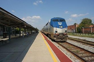 Palmetto (train) - A Palmetto pulls into Wilson, North Carolina.