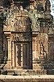 Angkor-Banteay Srei-17-Prasat-2007-gje.jpg