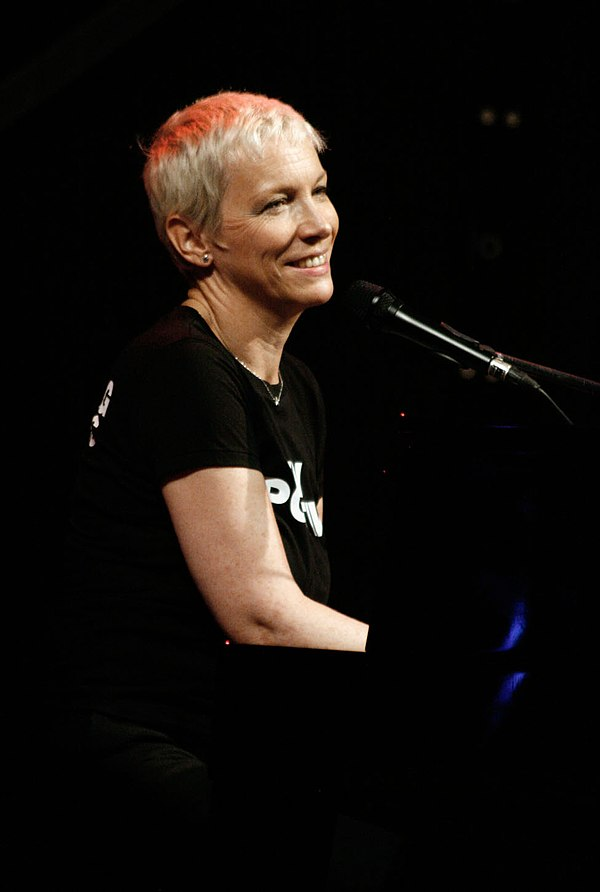 Photo Annie Lennox via Wikidata