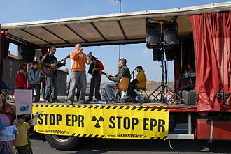 Anti-nuclear movement in France - A scene from the 2007 Stop EPR (European Pressurised Reactor) protest in Toulouse.
