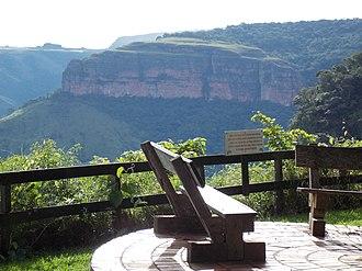Chapada dos Guimarães National Park - Image: Assistindo de camarote