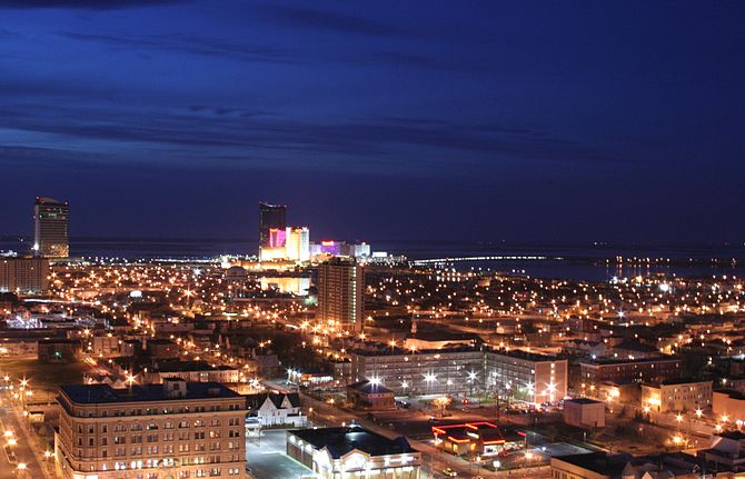 English: Atlantic City, New Jersey by night