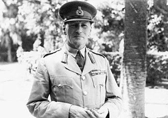 Indo-Pakistani War of 1947 - Field Marshal Claude Auchinleck, Supreme Commander of Indian and Pakistani armed forces