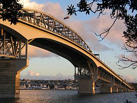 The harbour bridge from North Shore City.