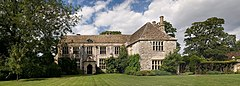 Avebury Manor view from south.jpg