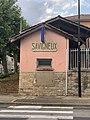Bâtiment Toiletttes Publiques Route Dombes Savigneux Ain 1.jpg
