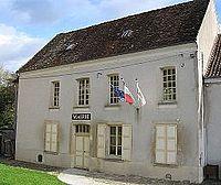 Bézu-le-Guéry mairie.jpg