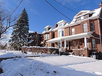 """Riverdale, Toronto - A residential area in """"Upper Riverdale"""". Houses north of Riverdale Avenue are typically newer, and renovated compared to the homes in """"Lower Riverdale""""."""