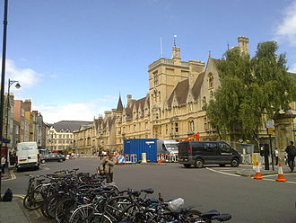 Balliol College, Oxford - The whole of the front of Balliol College as seen from Broad Street, looking west.