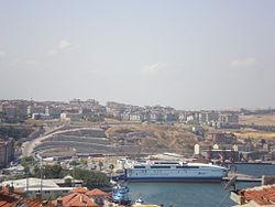 Bandırma harbour 2009-08-17.jpg
