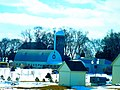 Barn and two Silos - panoramio.jpg