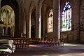 Bas-côté sud et nef de l'église Saint-Malo, Dinan, France.jpg