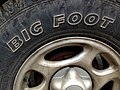 Big Foot tire (16015292086).jpg