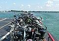 Biker auf dem See - panoramio.jpg