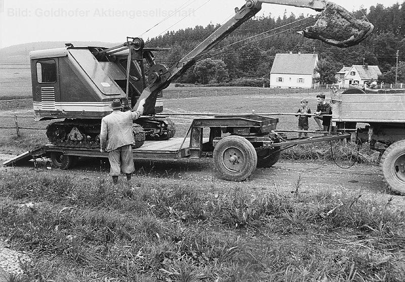 Goldhoffer trailer rimorchi 800px-Bild_2_Erster_Tieflader_1952