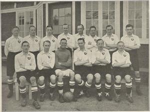 1926–27 Landsfodboldturneringen - Image: Boldklubben af 1893 team line up including reserves Vinder af Danmarksmesterskabet 1927