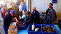 Bollène vente de fruits de mer au marché.jpg