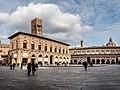 Bologna - Piazza Maggiore.jpg